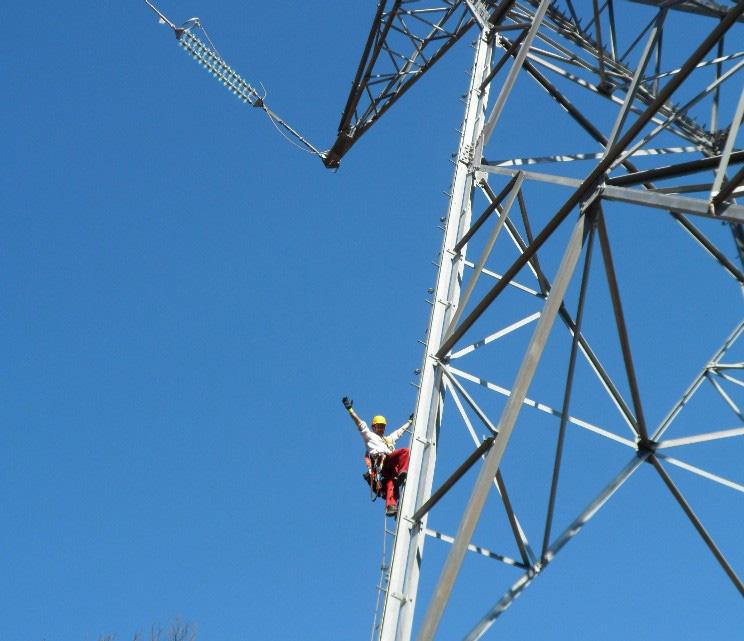 Monteur pylone